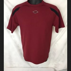 NCAA Mens Size Medium Arkansas Razorbacks Shirt